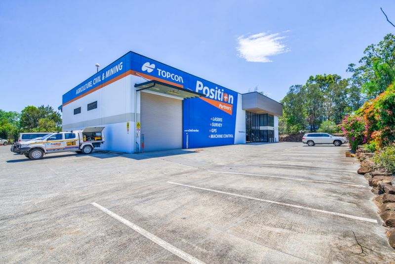 Corporate Office + Warehouse Positioned for Success