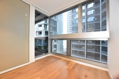 The Fifth: UNFURNISHED Brand New Apartment with a City View!