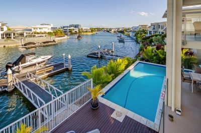 Spacious 49sq Waterfront Home with Four Living Areas!
