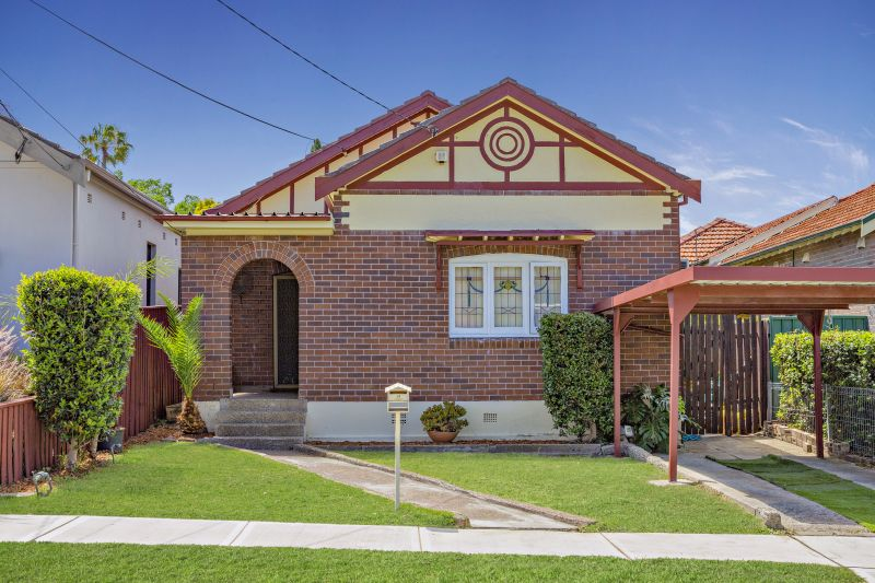 Immaculate & Generous, Ideal for Family Living