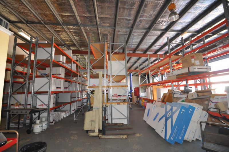 Fantastic High Clearance Industrial Facility with Wash Down Bay & Secure Hardstand