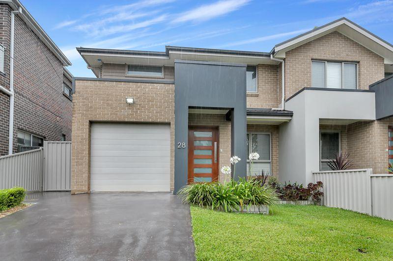 28 Sturt Avenue, Georges Hall NSW 2198