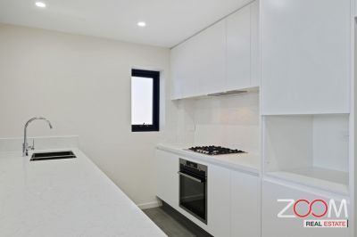 LUXURIOUSLY DESIGNED 3-BEDROOM UNIT
