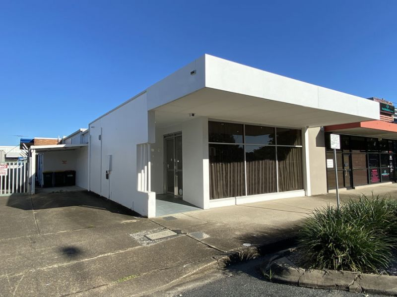 STYLISH COMMERCIAL INVESTMENT OPPORTUNITY
