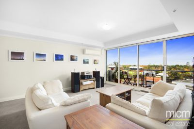 Boulevarde - Close To Everything overlooking Albert Park!