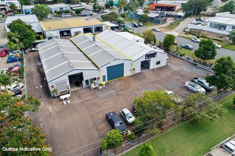 Noosaville Dual Access Industrial Unit