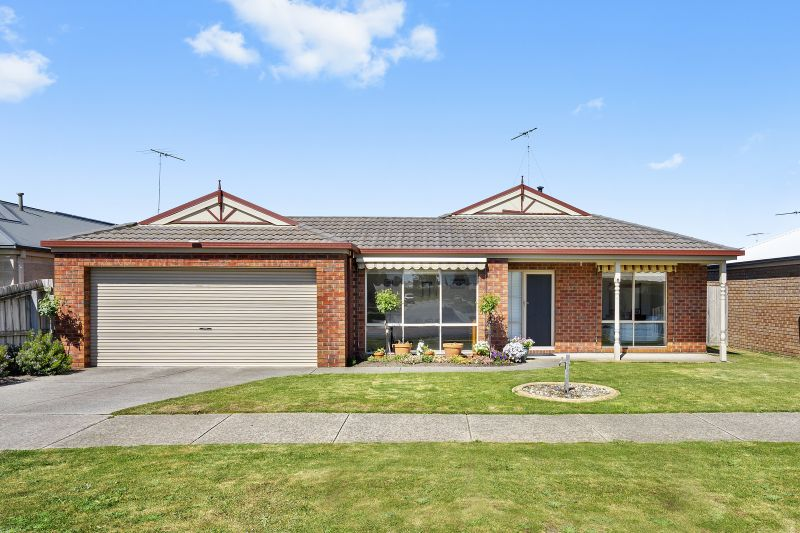 16 Carstairs Close, Grovedale