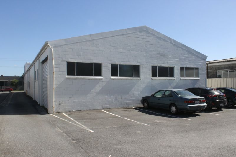 265m2* Warehouse