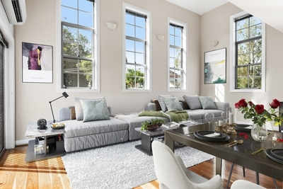 New York Style Loft Apartment!