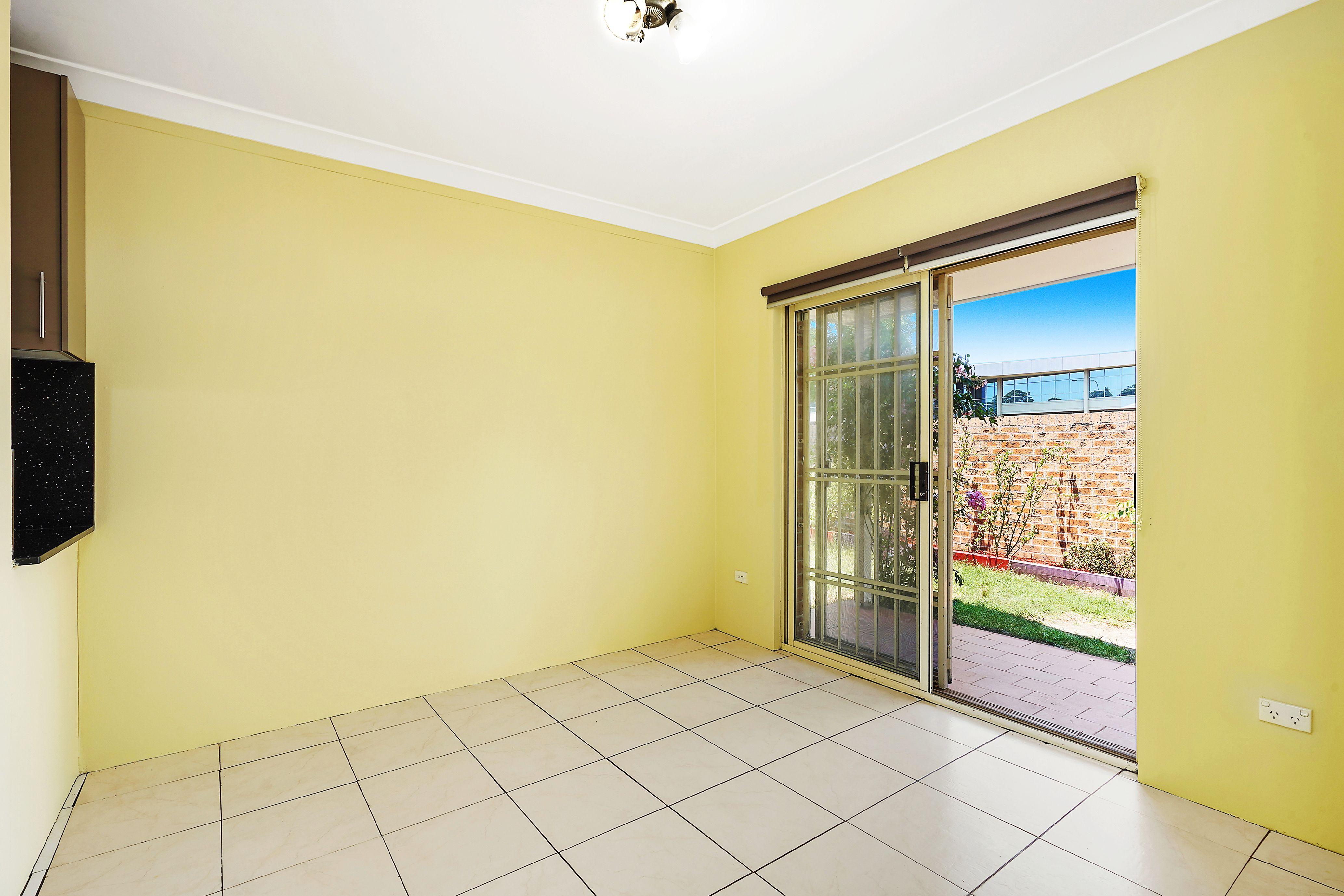 2/4 Simpson Street, Auburn NSW 2144