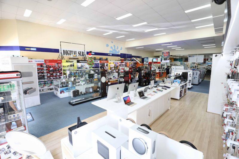 Large Format Retail Showroom In Noosaville