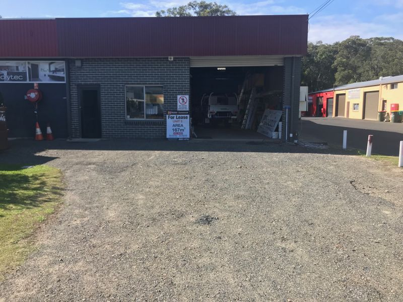 AFFORDABLE WAREHOUSE IN POPULAR LOCATION - 167m2