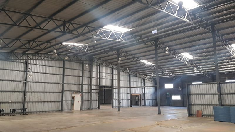 Large Factory With Loading Bay / Showroom / Offices