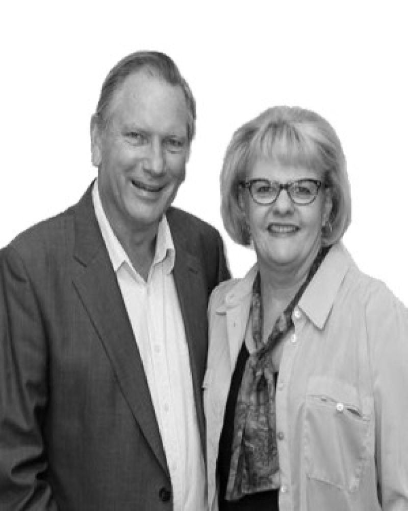 Ian & Janelle Pye Real Estate Agent