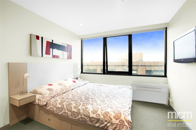 CityTempo: 13th Floor -  Fantastic Inner City Studio Apartment!