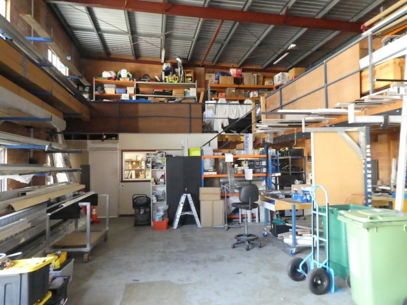 Great Workshop / Warehouse Unit