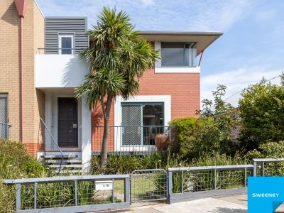Elegant four-bedroom home, Location, location, only a short walk to the Yarraville Village