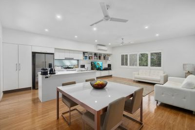 NEAR NEW IMMACULATE MODERN TERRACE STYLE HOME SET ON CURRUMBIN HILL