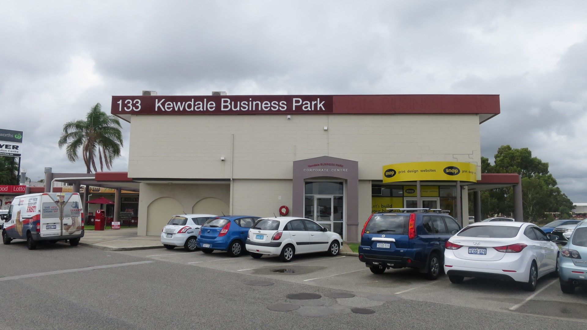 CENTRAL BUSINESS LOCATION