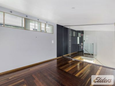 UNIQUE CHARACTER TENANCY, CLOSE TO ALL AMENITIES!!!