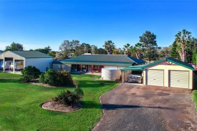 LARGE FAMILY HOME + POOL & HUGE SHEDS on 6,326m2!