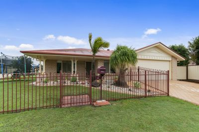FABULOUS FAMILY HOME WON'T DISAPPOINT!