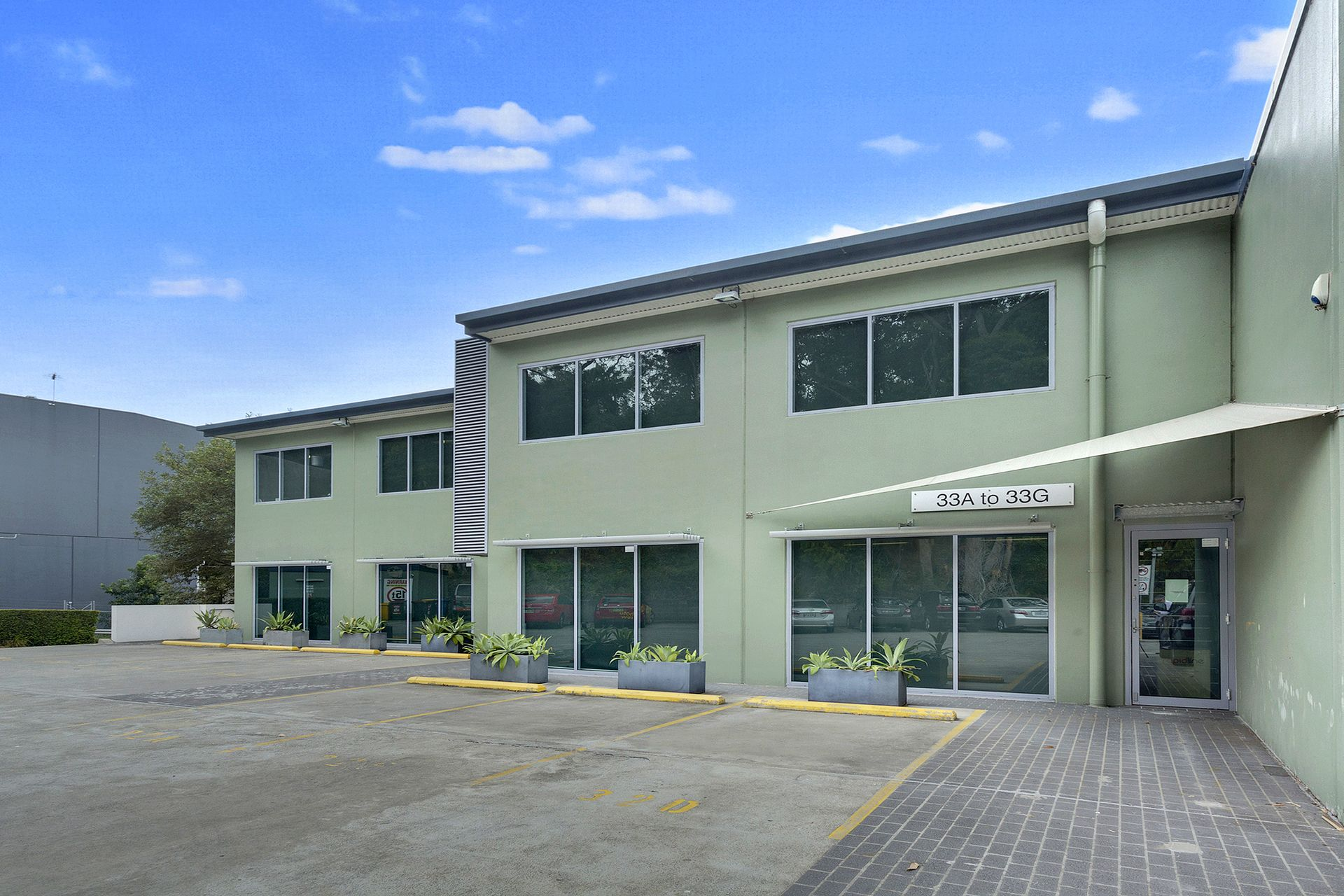 14 High Quality Office Suites for Sale or Lease