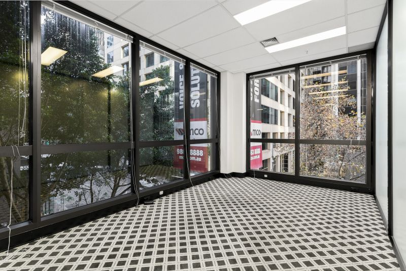 Impressive private office with rent free incentives & flexible terms
