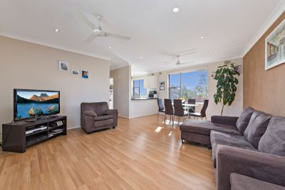 Instantly Appealing Top Floor Apartment