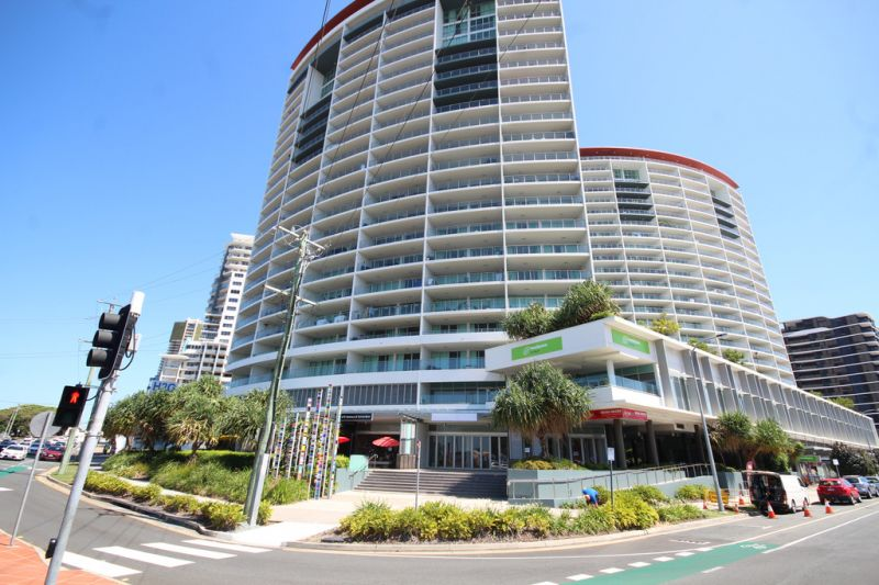 Prominent Corner Position on the Gold Coast Highway