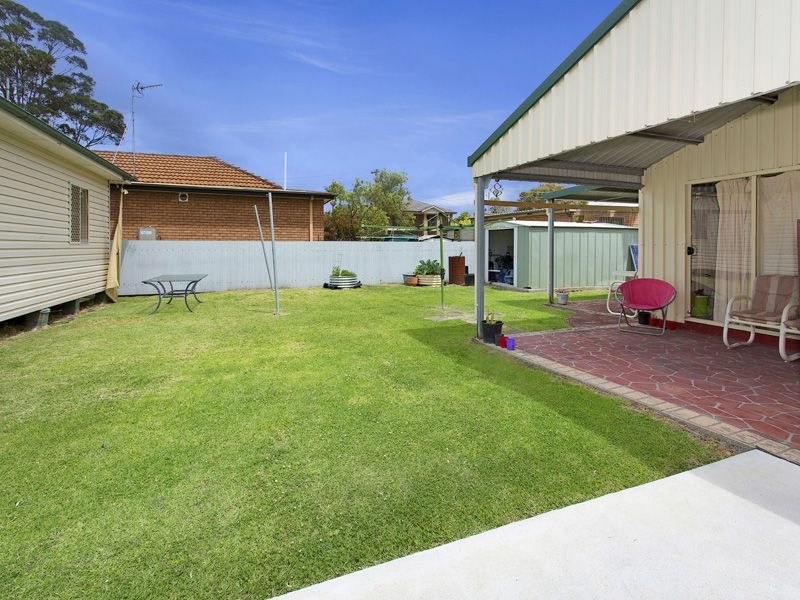 140 Pioneer Road, Towradgi NSW
