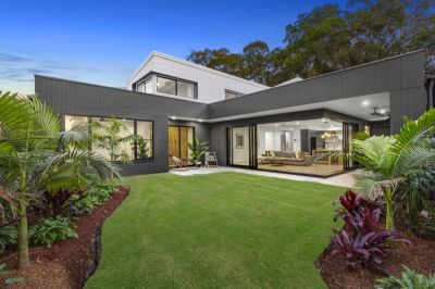 RARE AS HEN'S TEETH! BRAND NEW DESIGNER HOME IN SOUGHT AFTER POCKET OF PALM BEACH