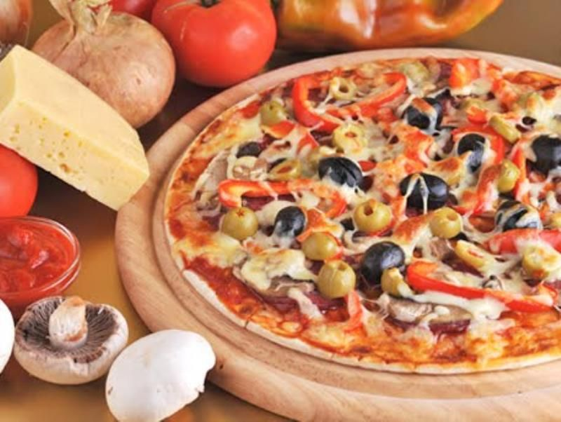 WOODFIRE PIZZA – TAKEAWAY, HOME DELIVERY, EAT-IN.  HIGH TURNOVER, CHEAP RENT!