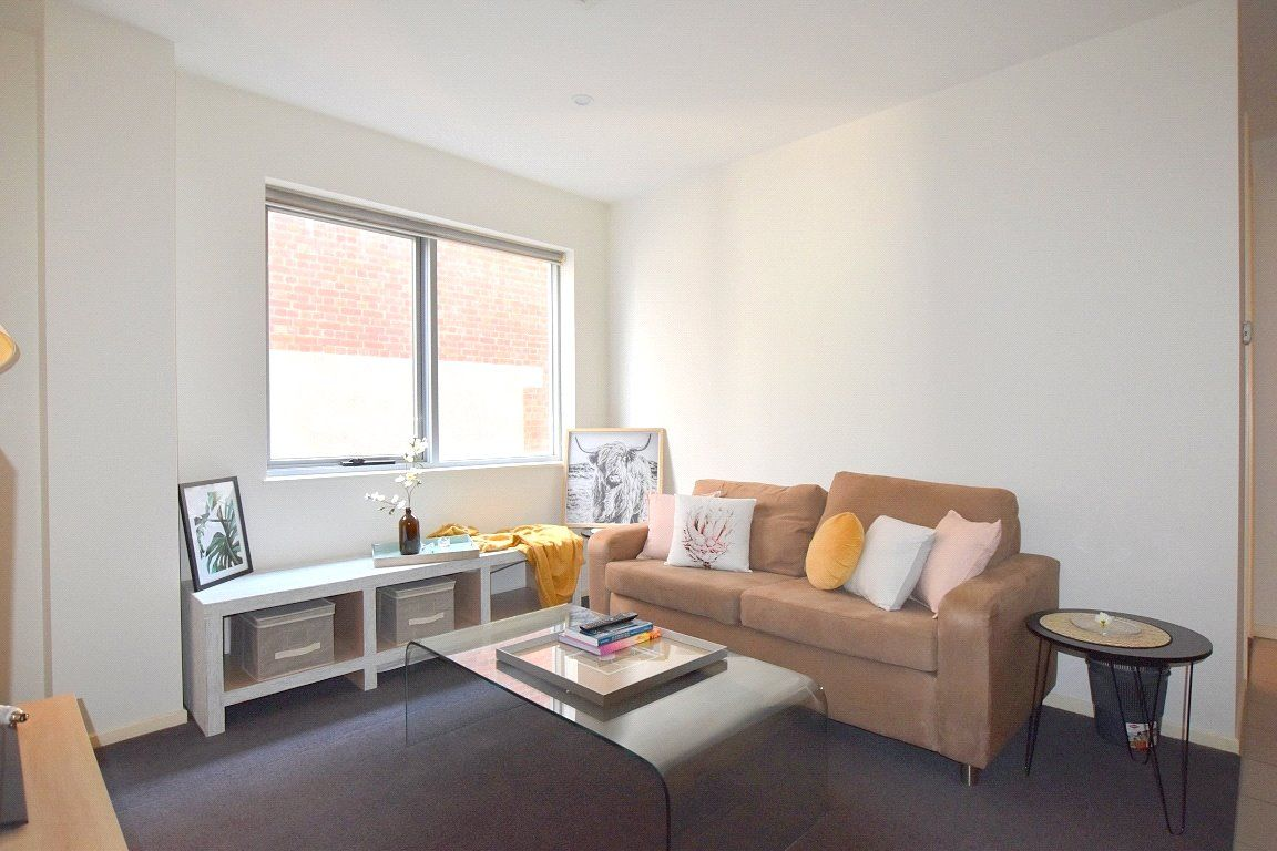 Fully Furnished Beauty in the Heart of Melbourne!