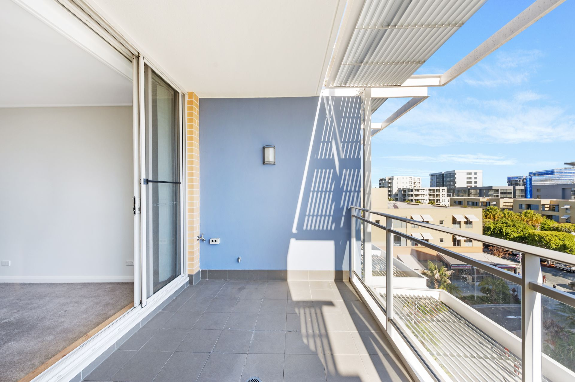 642/2 The Crescent, Wentworth Point