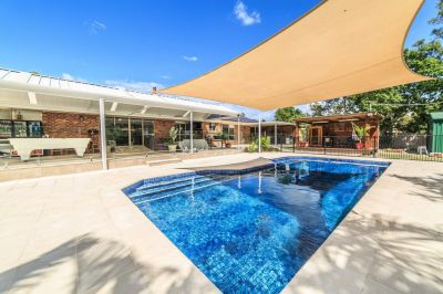 Family Entertainer On 2 Acres
