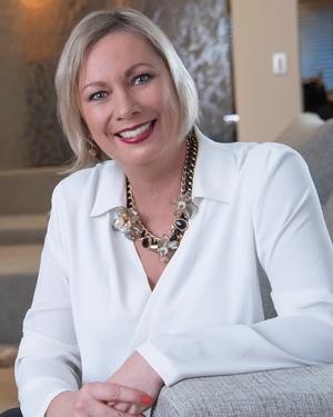 Julie Dalmedo Real Estate Agent