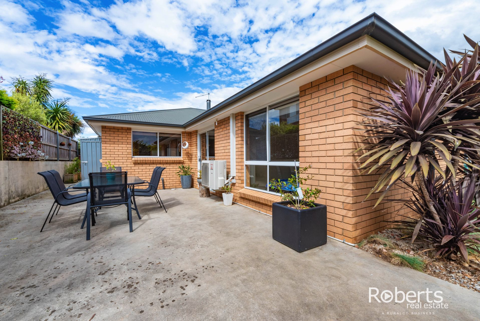 18 Delta Avenue, Youngtown