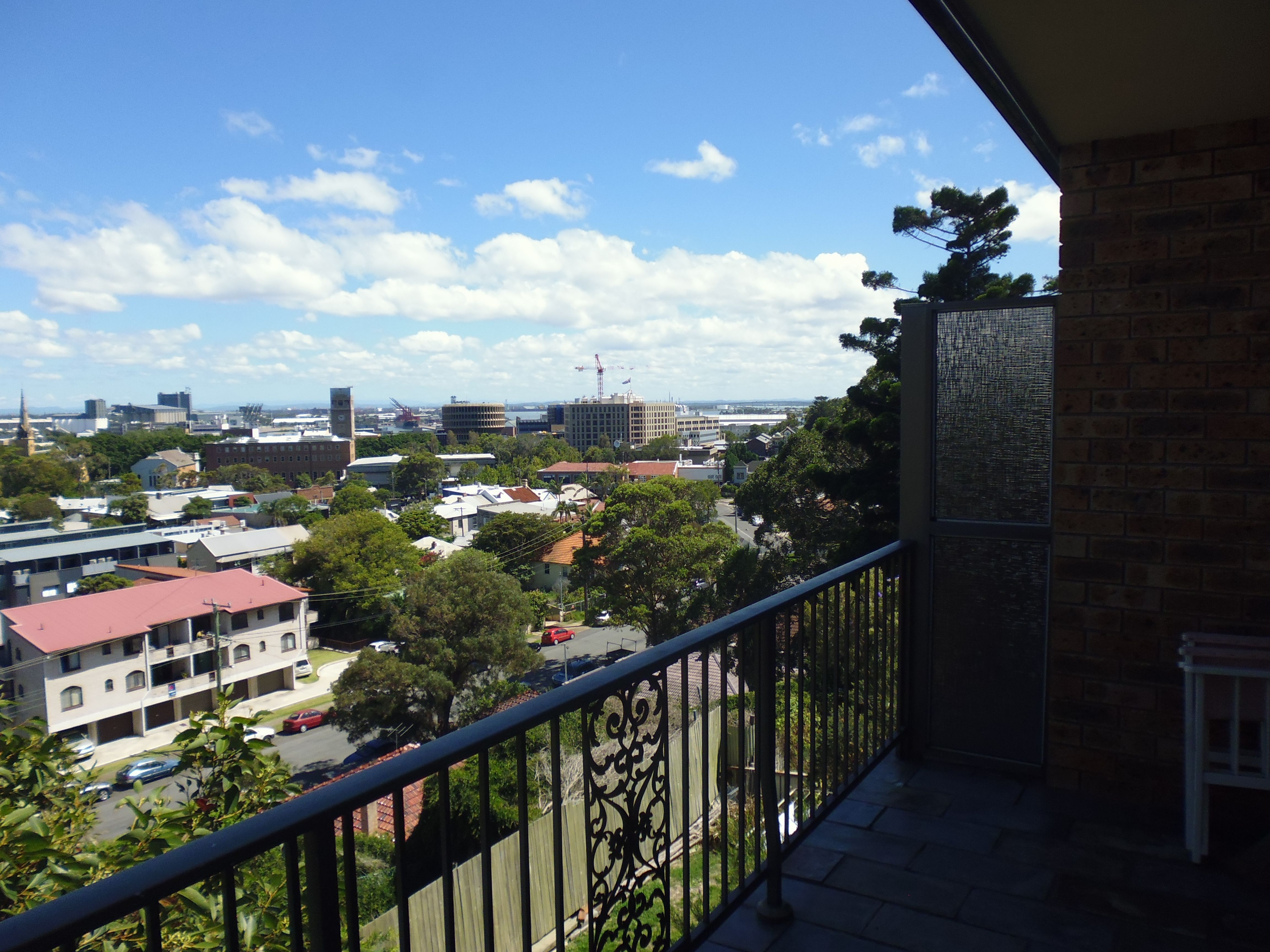 8/10 Kitchener Parade, The Hill