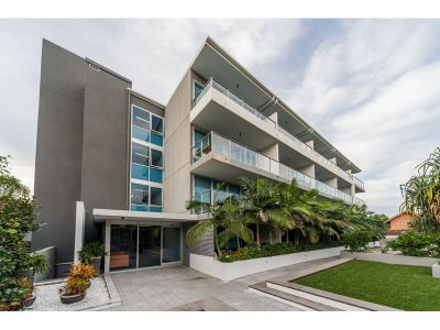 Must be Sold Call now for the best buy in Runaway Bay!