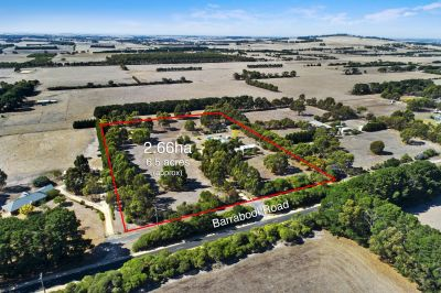 Secluded Country Lifestyle    6.5 acres 2.63ha approx.