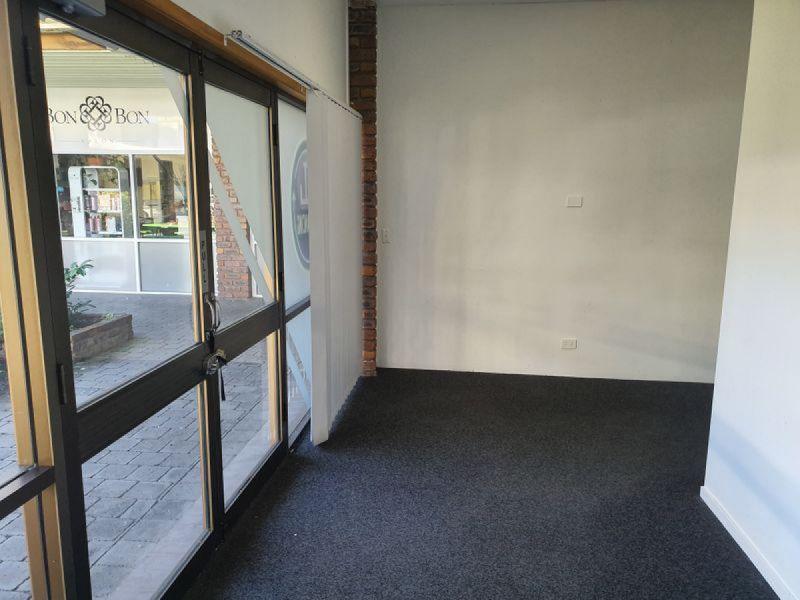 GROUND FLOOR OFFICE/RETAIL