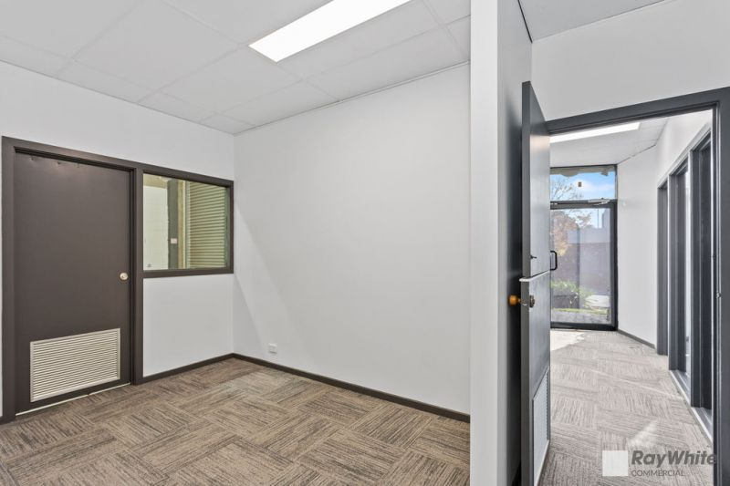 Recently Refurbished Warehouse / Office – Securely Gated Estate!