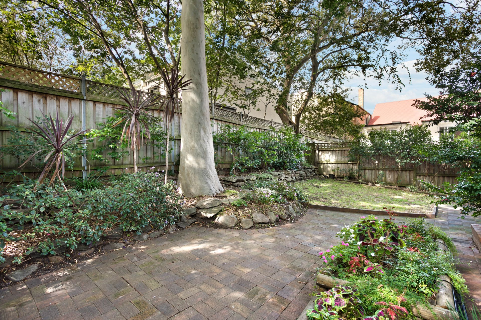 8/270a Bridge Road, Glebe