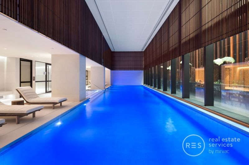 The Eastbourne - 1 bedroom apartment plus study – city views