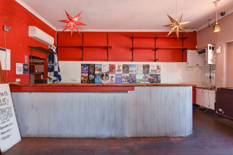 High Exposure Corner Restaurant