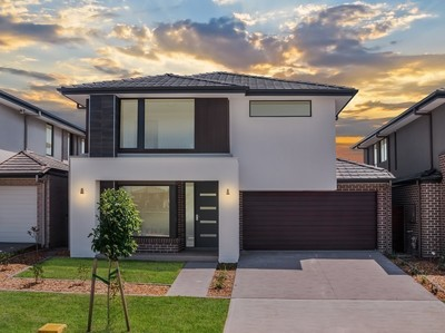 Denham Court, 34 Leppington House Drive