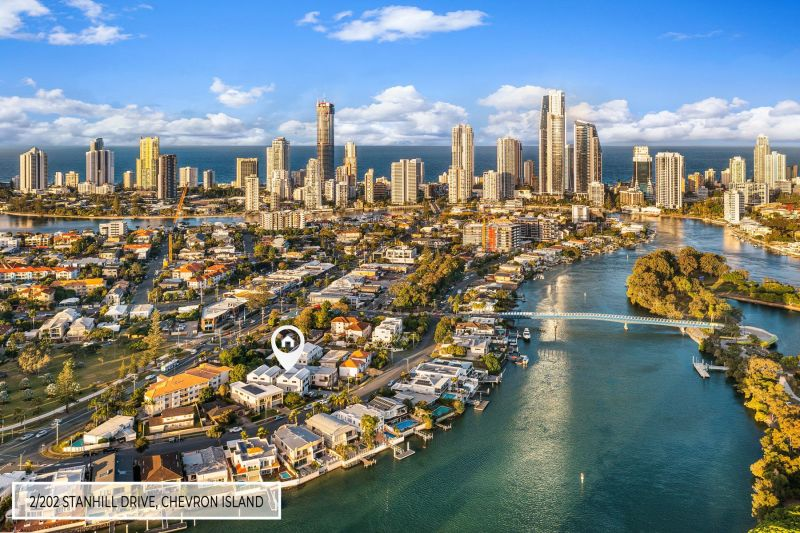 For Sale By Owner: 2/202 Stanhill Drive, Chevron Island, QLD 4217