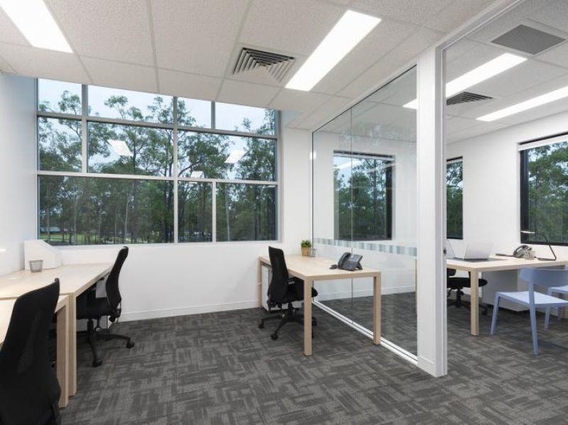 5 person Brookwater office spaces at just $750 P/W! Don't miss this opportunity!