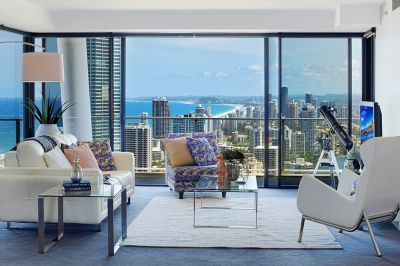 Spectacular 39th floor Sub-Penthouse with 203m2 of Luxury living
